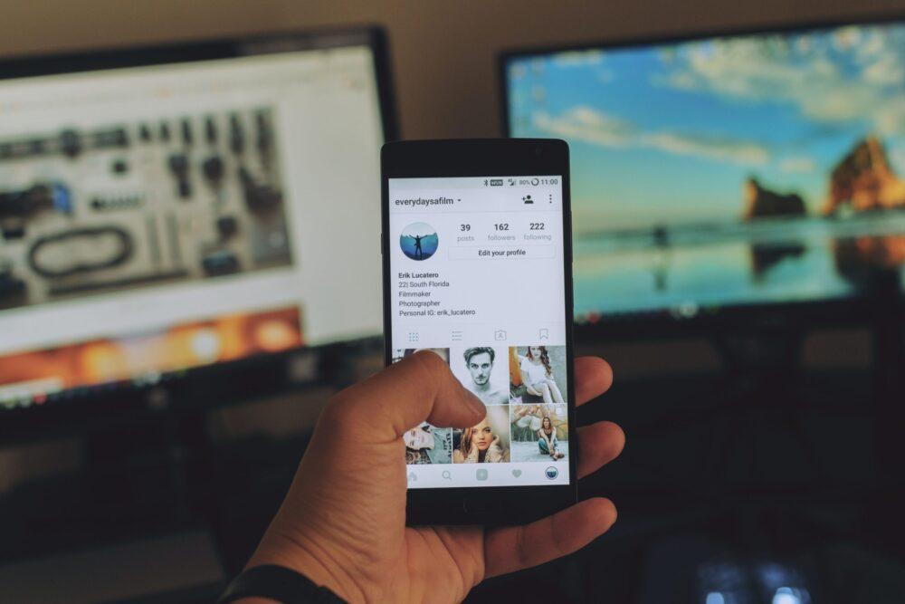 Jak robić-stories-w-social-media